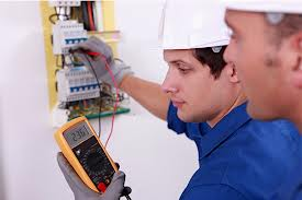 Elettricista disponibilità 24 ore Soffiano Firenze